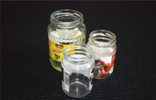 låg Other glass jars without