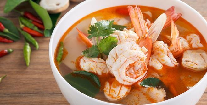 THAI SET SET C 219,- per person Tom Yum suppe